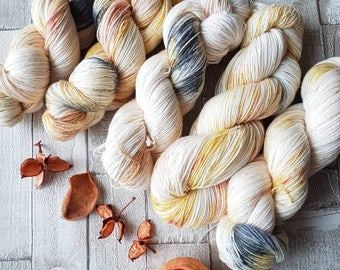 MCN yarn, hand dyed mcn yarn, merino cashmere and nylon yarn, variegated 4ply yarn, speckled mcn yarn, brown mcn yarn, Barn Owl Colourway