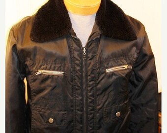 50% Off Spring Sale Vintage Campus Rugged Country Flight Jacket Mens S/M Black Nylon Shell Fleece Collar