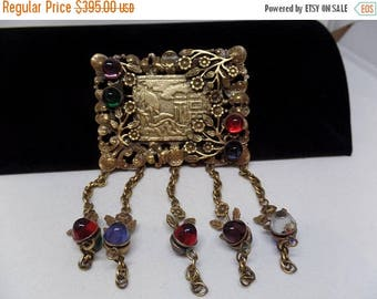 ON SALE JOSEFF of Hollywood Signed Vintage Glass Cabochon Asian Screen Brooch
