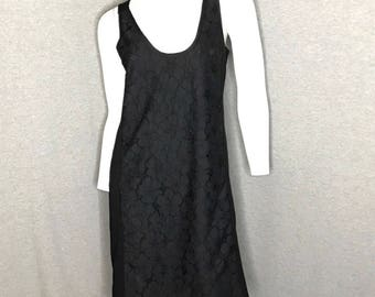 DIANE VON FURSTENBERG Flower Lace Dress Size: 2