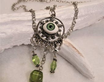The green fairy necklace silver.