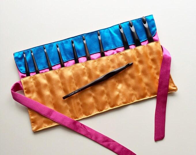 SANTA'S SPECIAL  10 Dollars Off, Ebony Crochet Hook Set - Laurel Hill Exotic Wood Ebony Crochet Hook Set with Satin Case - Sizes D through M