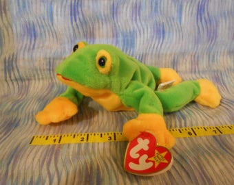 TY Beanie Babies-Smoochy (Frog)-Dated Oct. 1, 1997