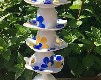 Garden Totem---TeaTimeTotem-Recycled Garden Glass-Retro Daisy Decor