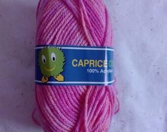 FANCY wool pink (100% Acrylic)
