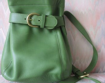 Vintage Coach Lime Green Lather Belt Cross Body Shoulder Bucket Bag Purse