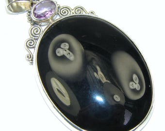 Black Onyx, Amethyst Sterling Silver Pendant - weight 17.00g - dim L- 2 3 8, W -1 3 8, T -1 8 inch - code 10-lis-15-52
