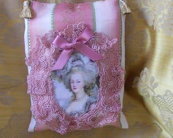 """Door cushion wore of """"Marie Antoinette"""" 3"""