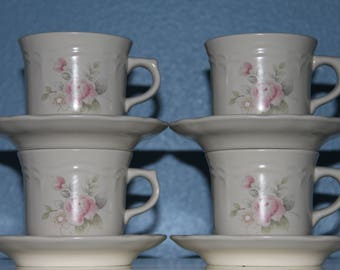 Pfaltzgraff Tea Rose Set of 4 Cups and Saucers - Stoneware - Made in USA - Excellent Condition