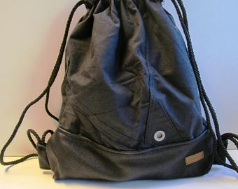 Upcycling backpack black