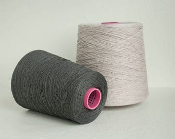 Linen yarn on cones for weaving in grey colors - total 1.5kg / 52.5oz