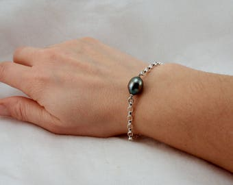 Argentium Silver Chain Bracelet W/ Black Pearl