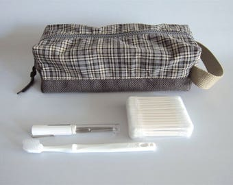 Rectangular toiletry handbag, toiletry boxy pouch, dopp kit, box pouch - Grey and beige plaid