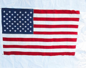 United States Flag - 3 by 5 Foot Flag - Red, White and Blue - 50 Star US Flag - Vintage Cotton Flag With Grommets on Header