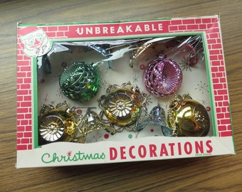 Vintage Lot of 11 in Box Bradford Unbreakable Plastic Christmas Tree Ornaments Bells Indents