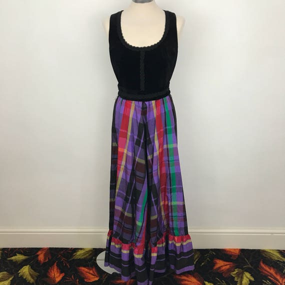 maxi dress 1970s pinafore dress tartan plaid taffeta skirt purple black celvet basque bodice chequered UK 10 gothic 70s barvarian