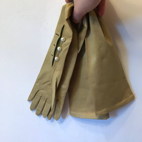 Vintage chartreuse green gloves long stretchy satin vintage silky stretch evening size 6 1950s pin up bridal wedding bridesmaid 50s glam