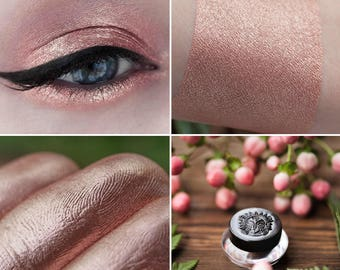 Eyeshadow: Loving the Discipline - Druidess. Pinkish-bronze satin eyeshadow by SIGIL inspired.