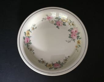Vintage Flowered Pie Pan - Kitchen Craft USA