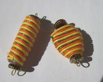 2 beads with acrylic and cord 17 Cup and 26mm (PV27-4).