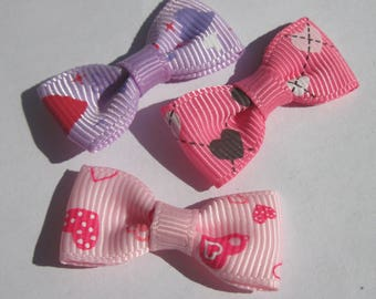 3 bows in 33 mm approx - patterned fabric (A59