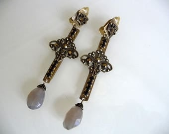 Agate earrings grey you me...