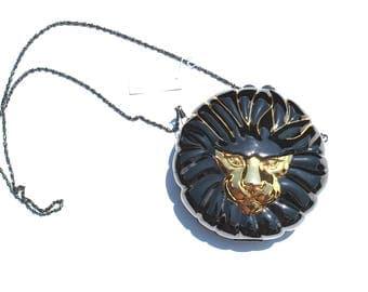 Vintage Silver Gunmetal LION Handbag Clutch Chained Purse Deadstock Brass Metal