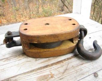 Simple ship pulley (Canada Block Co.)