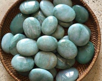 Green Aventurine Palm Stone, Gemstone, Spiritual Stone, Healing Stone, Healing Crystal, Chakra
