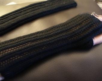 Fingerless mittens 100% Merino Wool, black
