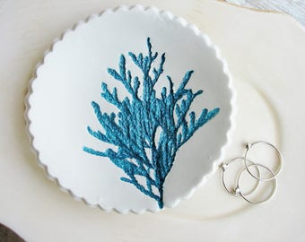Teal Ring Dish, Nature Lover's Gift, Botanical Ring Dish, Ring Holder, Clay Dish, Clay Ring Dish, Nature Art Bowl, Jewelry Dish