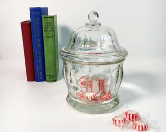 Vintage Heavy Clear Glass Antique Apothecary Jar with Lid - Drug Store Jar - Wedding Candy Table Display - Wedding Decoration - Home Decor