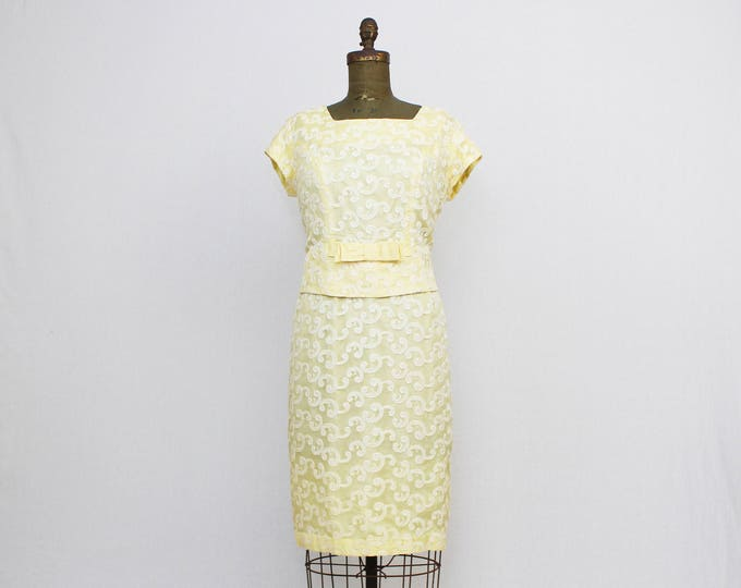 "50s Yellow Shift Dress - Vintage 1950s Party Dress - Size Large 38"" Waist - Embroidered Cocktail Dress"