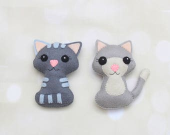 Felt cat ornament Stuffed cat plush cat decoration Kitten ornament Cat pocket toy Pet portrait Pet memorial Cat magnet Stuffed kitten plush
