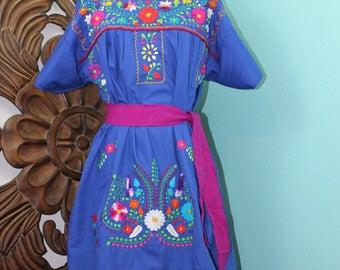 Hand Made Large 42-44 Pueblo Dress - Oaxacan Mexican La Raza Chicana Latina