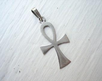 Vintage sterling silver Ankh pendant, silver ankh cross, small ankh pendant, Egyptian Ankh