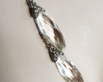 Necklace - lucite pendant necklace