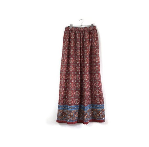 Boho maxi skirt / vintage extra long skirt / rust red long skirt / 80s mom / bohemian maxi / arty skirts / long floaty skirt / autunmal