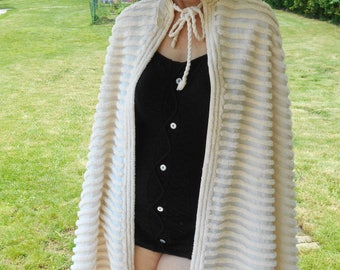 Fabulous 1940's Off White Chenille Beach Cape - Ester Williams