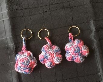 Crochet Flower keyring - pink and blue