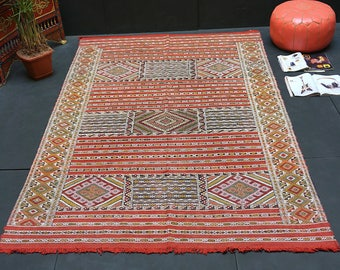 Kilim Wool Area Rug 5x8 Handmade Flat Woven Flatwoven Vintage Kilim Rug Rug  In Excellent Condition