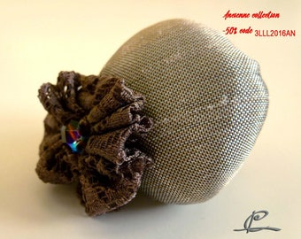 brooch textile grey and chocolate lace