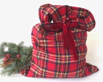 Christmas Gift Bag, plaid Santa bag, plaid Christmas bag, Large santa sack, Reusable Fabric Gift Bag, Eco Friendly bag, Christmas Sack bag,