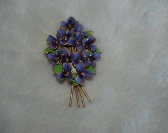 Enamel purple flowers brooch   - vintage flower bouquet goldtone  brooch pin