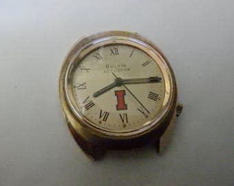 bulova accutron gold  n6 1976 mens watch tuning fork not working  for parts or repair