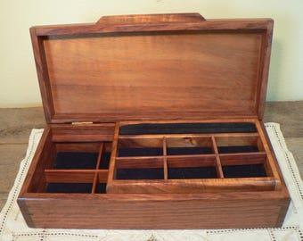 Fine woodworking Jewelry box, handmade Wood Jewelry box, Jewelry chest,  vintage wood box, Honduran Mahagany wood jewelry box