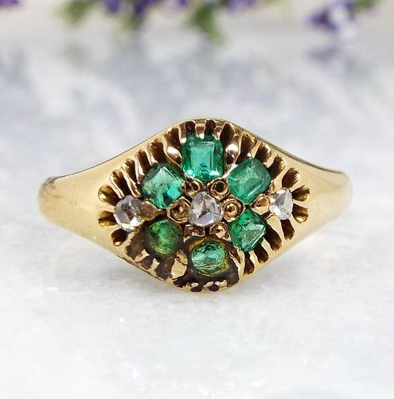 Antique / Victorian 18ct Gold Emerald and Rose Cut Diamond Cluster Ring / Size J