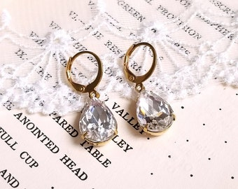 Sparkling pear shape teardrop Clear crystal White rhinestone drop earrings Leverback antique gold earwires Vintage inspired Gift earrings