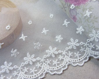 1Yard  Flowers Style Embroidery scalloped Fabric Tulle Mesh Net Lace Trim #mj