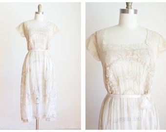edwardian embroidered filet lawn dress | antique dress | size small medium